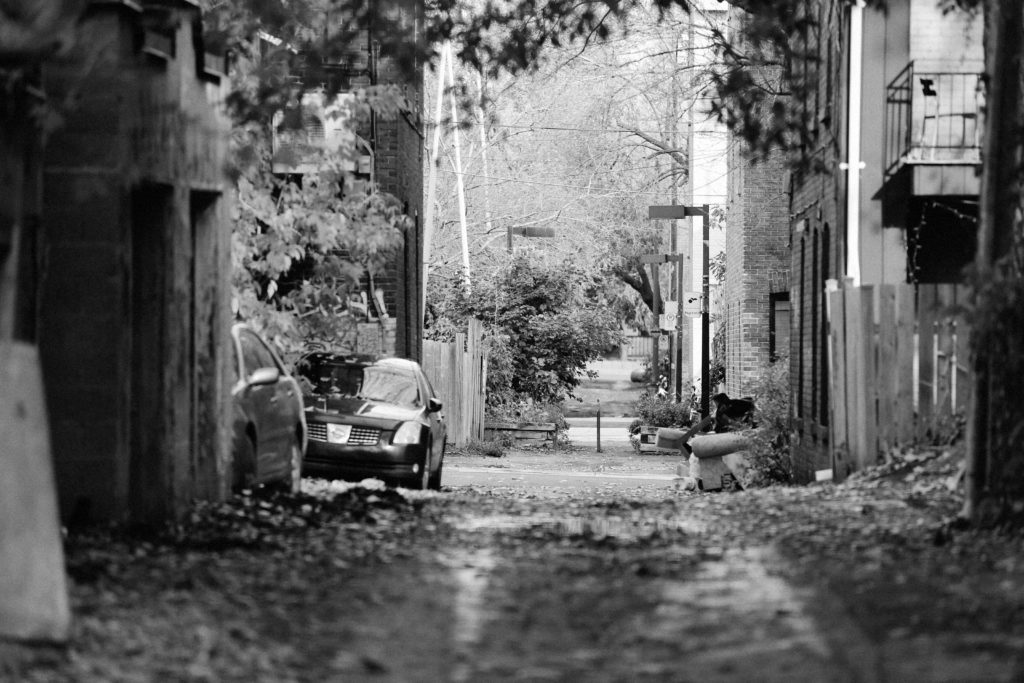 2014_12_Life-of-Pix-free-stock-photos-alley-montreal-mile-end-leeroy