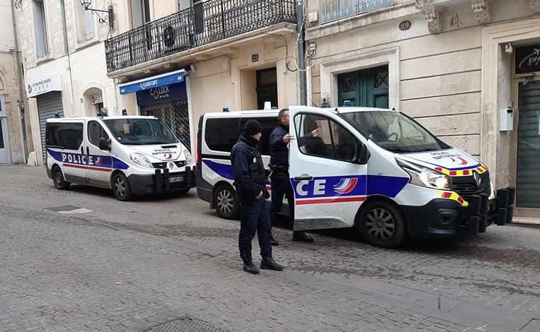 Le comité de grève de l'éducation nationale bloque le rectorat à Montpellier, la police intervient
